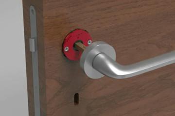Come si monta una maniglia sulla porta?